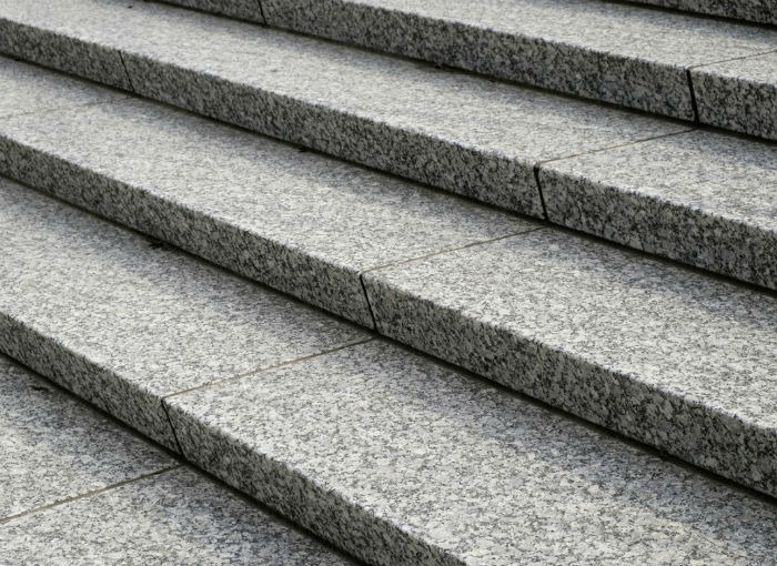 granite-stairs 700x510